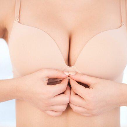 jak powiększyć piersi