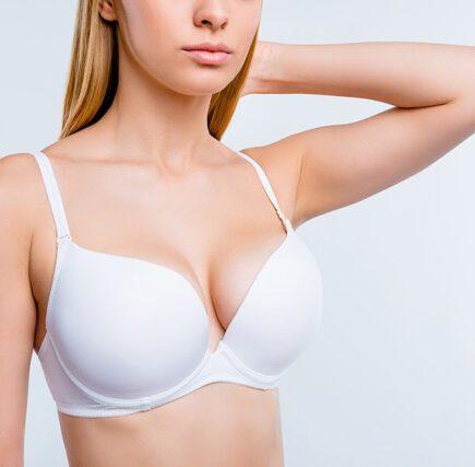 powiększanie biustu bez operacji